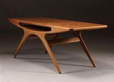 Smilet sofabord af Johannes Andersen