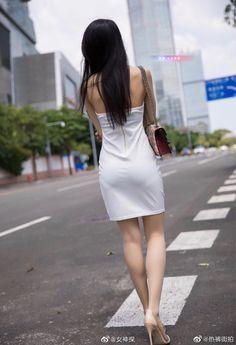 Xiuren 小热巴 - Page 3 of 19 - Chinese Hottie Beautiful Young Lady, Beautiful Asian Women, Sexy Outfits, Pakistani Bridal Dresses, Sexy Stockings, Hot Dress, Sexy Asian Girls, Asian Woman, Asian Beauty