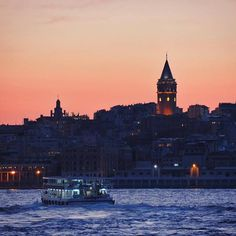 The Galata Tower has for centuries been providing Istanbul with exactly this kind of incredible sunset views that you see here!