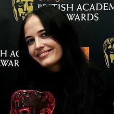 Eva Green being cute at the BAFTAS #evagreen