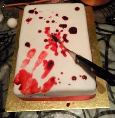 blood cake...hmm nom nom nom by Thira-Evenstar