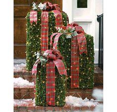 Creative Christmas Porch Idea