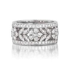 women's diamond wedding bands paved