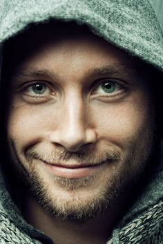 ..would love to see more shows/movies with him..Sense8.. Max Riemelt
