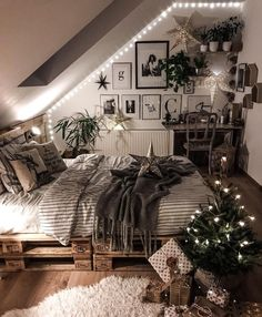 Rustic Bedroom Ideas - If you wish to go to sleep in rustic stylish after that t. home decor fall Rustic Bedroom Ideas - If you wish to go to sleep in rustic stylish after that t. - Home Decor Art My New Room, My Room, Dorm Room, Decoration Bedroom, Christmas Bedroom Decorations, Ramadan Decorations, Wall Decor, Aesthetic Rooms, Dream Rooms