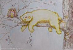 Pomaranczowy Kot: Miś i Wyczesany Jeż na drzewie