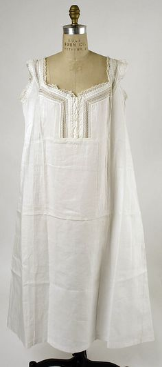 Chemise Date: 1880s Culture: American (probably) Medium: linen Dimensions: Length at CB: 45 in. (114.3 cm) Credit Line: Gift of Millia Davenport, 1962 Accession Number: C.I.X.62.5.1 This artwork is not on display