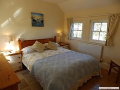 Master bedroom suite with x king sized bed and ensuite bathroom. Cornwall, King Size, Master Bedroom, Cottage, Bathroom, Furniture, Home Decor, Master Suite, Washroom