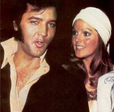 Elvis and Priscilla - Elvis & Priscilla Presley Photo - Fanpop Elvis Presley Priscilla, Elvis Presley Family, Elvis Presley Photos, Lisa Marie Presley, 1. Mai, King Of Music, Youth Culture, May 1, Graceland