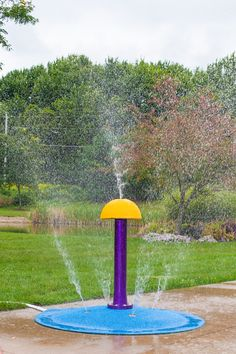 Splash Pad Fun!! This is the 6' Portable Splash Pad with the Polysoft Mini-Umbrella. The bright Yellow textured surface is sure to be a hit with the kids. The Mini is 3' tall and just the right height for the kids. They are sure to get soaked. Spray area is about 20+. #splashpad #mysplashpad