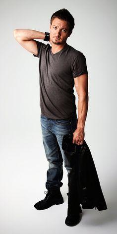 Jeremy Renner - Clint Barton/Hawkeye