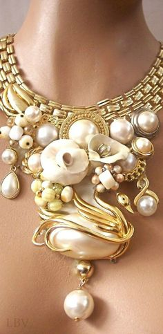 Odette golden pearl statement | LBV ♥✤