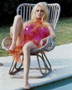 Brigitte Bardot Picture - Photo of Brigitte Bardot - FanPix. Bardot Brigitte, Brigitte B, Bridgitte Bardot, Jane Birkin, Look Rose, Isabelle Adjani, Deneuve, Marlene Dietrich, French Actress