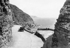 Cape Town history Chapman's Peak Drive in the Old Pictures, Old Photos, Out Of Africa, Most Beautiful Cities, Historical Pictures, African History, Cape Town, South Africa, City