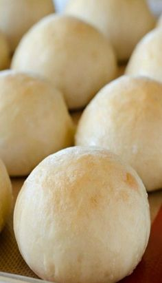 These French Bread Rolls are soft, delicious and one of the easiest roll recipes to make. These are my go-to rolls for dinners, holidays and special occasions! These French Bread Rolls are my Easy Rolls, Bread Bun, No Yeast Bread, Bread Machine Recipes, Bread Baking, Baking Recipes, Sweet Bread, Food To Make, Yummy Food