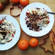"""Nienawidzisz poniedziałków? Zadaj sobie pytanie """"dlaczego?"""" szczerze na nie odpowiedz i zmień to Zrób coś co poprawi Twoje nastawienie   Śniadanie z synem zawsze spoko  #monday#throwback#breakfast#yummy#zdrowo#smoothiebowl#oats#fruit#tangerine#fitkid#lovemylife#family#zdroweodzywianie#instafood#zdrowejedzenie#dieta#odchudzanie#redukcja#masa#jemzdrowo#wiemcojem#diet#zdrowadieta#poniedzialek#dziendobry"""