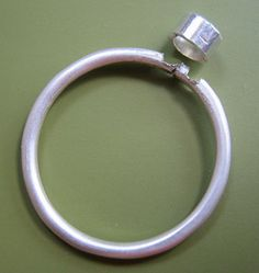 tube setting trick by sudlowjewelry, via Flickr