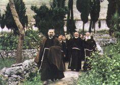 Padre Pio e padre Paolino da Casacalenda: entrambi si impegnarono, in ruoli diversi, per la riapertura del Convento di Larino nel 1948