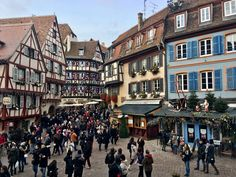 Christmas Markets & Fairy Tales in Strasbourg & Colmar, France #navigatingnewlyweds