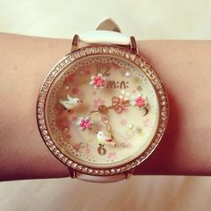 Cute Watch - expensive watches, ladies fashion watches, brand name watches on sale *ad Trendy Watches, Cute Watches, Vintage Watches, Beautiful Watches, Cute Jewelry, Fashion Watches, Women's Accessories, Jewelry Watches, Bling