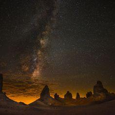 Starry Sky Over The Desert #iPad #wallpaper