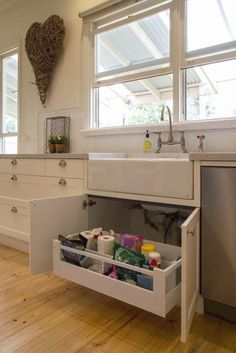 Ideas For Painted Kitchen Cabinets - CHECK THE PIC for Many Kitchen Ideas. 77239264 #cabinets #kitchens