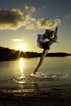 DANCE on water. Nature Meets Beauty. Care Free. Effortless Beauty. Explorer. Naturally Inspired.