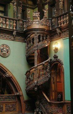 Funny pictures about Amazing wood carved spiral staircase. Oh, and cool pics about Amazing wood carved spiral staircase. Also, Amazing wood carved spiral staircase. Beautiful Buildings, Beautiful Homes, Beautiful Places, Beautiful Stairs, Interesting Buildings, Architecture Cool, Museum Architecture, Victorian Architecture, Historical Architecture