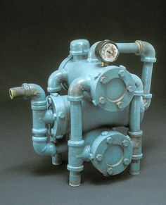 *Teapot...Larry Nelson Pipe Dream so cute. Don't think I would dare drink out of it though