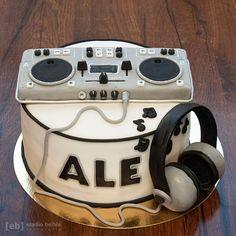 Music Themed Cakes, Music Cakes, Cake Decorating Designs, Cake Designs, Bolo Dj, Beautiful Cakes, Amazing Cakes, Police Birthday Cakes, Dj Cake