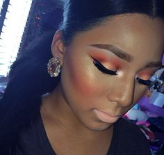 Gorgeous orange makeup look