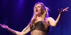 Grève des taxis: Courtney Love demande aux USA d'interdire les voyages en France