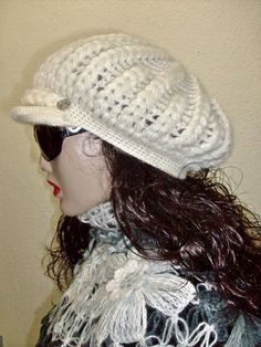 This hat keep you warm. Soft,warm and cozy feel It's made with high quality yarn. A wool and acrylic blend.  This beanie should fit most junior and adult noggins.  This piece is ready to ship!    Size: one size  Will be fit on all  flexible, for women