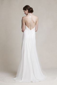 The plunging back on @jennyyoo Dahlia is gives this affordable and classic wedding dress a modern feel.