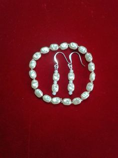 Hey, I found this really awesome Etsy listing at https://www.etsy.com/listing/175481965/set-of-acrylic-pearls-bracelet-and