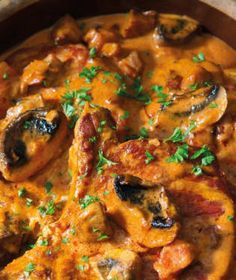 Vepřová kotleta patří mezi velmi oblíbené kusy masa. Curry, Chicken, Meat, Ethnic Recipes, Food, Curries, Eten, Meals, Cubs