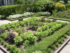 Western Reserve Unit's beautiful herb garden at theCleveland Botanical Garden   kitchen garden   jardin d'herbes aromatiques