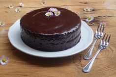 Bezlepková SACHEROVA TORTA Gluten Free, Cake, Desserts, Recipes, Food, Pie Cake, Meal, Glutenfree, Cakes