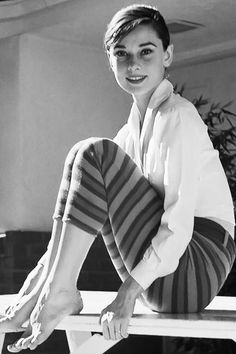 """"""" Audrey Hepburn photographed by Mark Shaw in 1954 """""""
