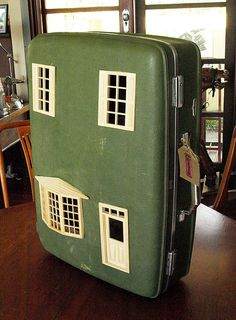 Suitcase Dollhouse: Vintage Suitcase Upcycled into Green Dollhouse