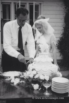Arthur Miller & Marilyn Monroe's Wedding | Berühmte Brautpaare . famous grooms and brides | Rheinland . Eifel . Koblenz . Gut Nettehammer |