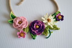 Crochet necklace choker