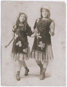 vaudeville sister acts | RUCKUS! AMERICAN ENTERTAINMENTS AT THE TURN OF THE 20th CENTURY