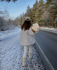 Winter Fits, Winter Looks, Fall Winter, Autumn, Ski Season, Winter Season, Winter Instagram, Outfit Invierno, Winter Photos