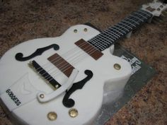 angle picture guitar cake