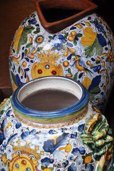Tuscan pottery ~ San Gimignano