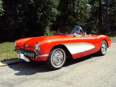 1957 Corvette - red and white.  Now that's the Corvette I want!