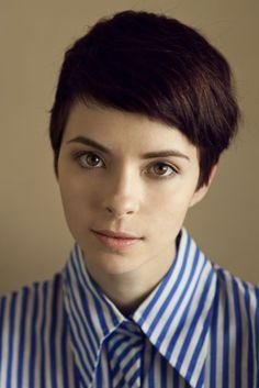 Nice face. I like a strong shirt collar, haha. | Mais Oui Vintage via The Shiny Squirrel