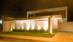 Decor Salteado - Blog de Decoração | Design | Arquitetura | Paisagismo: 20 Fachadas de casas modernas com muros e portões!