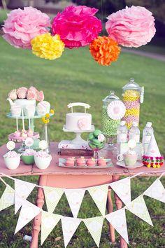 DIY Printable Party Circles - Garden Tea Party. $12.00, via Etsy.